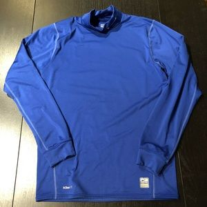 NIKE Thermal Fitted Long Sleeve Training Shirt M